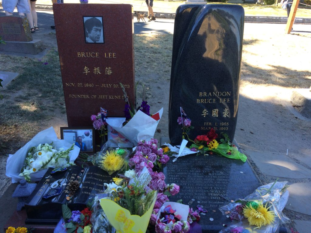 lake-view-cemetery-bruce-lee-grave-site-rip-brandon-lee-seattle-washington